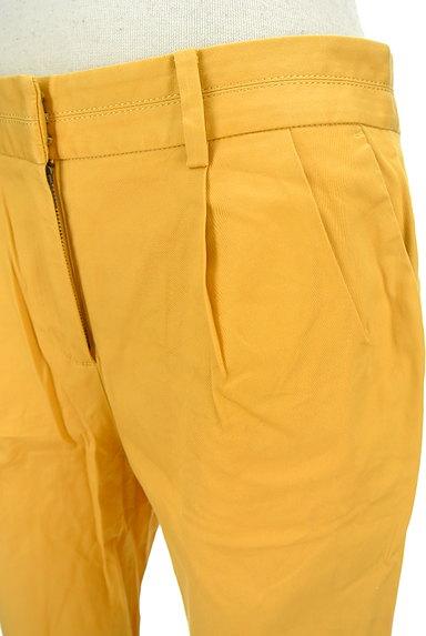 TOMORROWLAND(トゥモローランド)の古着「タックカラーパンツ(パンツ)」大画像4へ