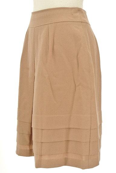 INDIVI(インディヴィ)の古着「タック×切替ティアードスカート(スカート)」大画像3へ