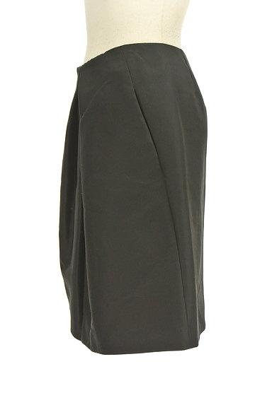 TOMORROWLAND(トゥモローランド)の古着「無地シルキータックフレアスカート(スカート)」大画像3へ