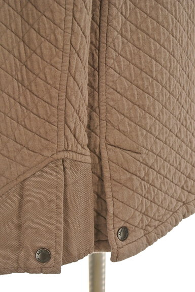 ARMEN(アーメン)の古着「ミドル丈キルティングジャケット(ブルゾン・スタジャン)」大画像5へ