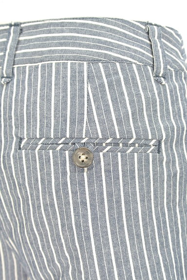 MERCURYDUO(マーキュリーデュオ)の古着「ストライプ柄ロールアップパンツ(ショートパンツ・ハーフパンツ)」大画像4へ