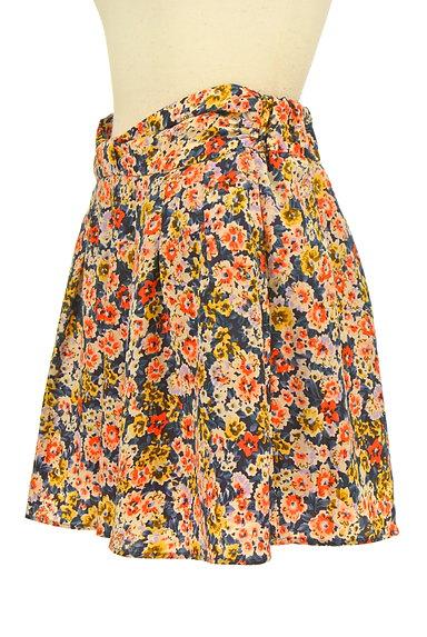 CLEAR IMPRESSION(クリアインプレッション)の古着「ウエストリボン花柄スカート(ショートパンツ・ハーフパンツ)」大画像3へ