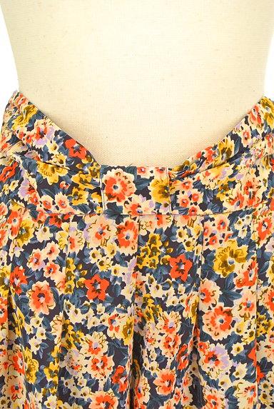 CLEAR IMPRESSION(クリアインプレッション)の古着「ウエストリボン花柄スカート(ショートパンツ・ハーフパンツ)」大画像4へ