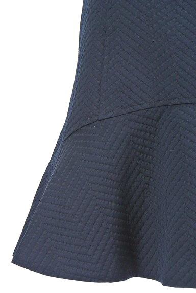 BEAMS Women's(ビームス ウーマン)の古着「ヘリンボーン調マーメイドスカート(ミニスカート)」大画像4へ