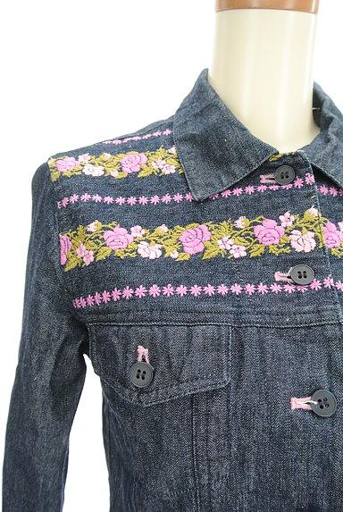 L'EST ROSE(レストローズ)の古着「花刺繍デニムジャケット(ジャケット)」大画像4へ