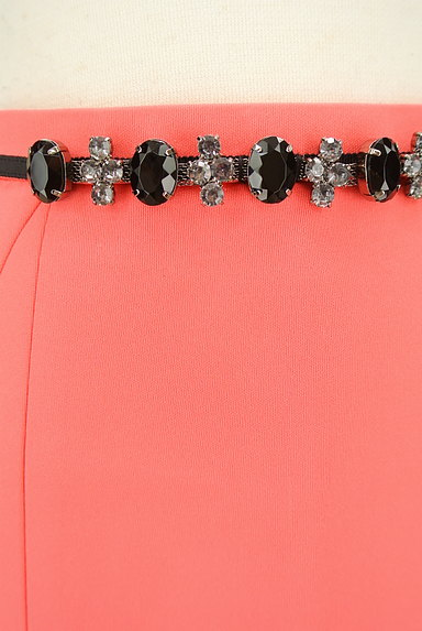 JUSGLITTY(ジャスグリッティー)の古着「ベルトデザインタイトミニスカート(スカート)」大画像4へ