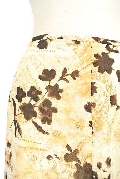 NICOLE(ニコル)の古着「膝下丈花柄フレアスカート(スカート)」大画像4へ