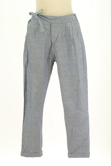 BEAMS Women's(ビームス ウーマン)の古着「タックテーパードパンツ(パンツ)」大画像1へ