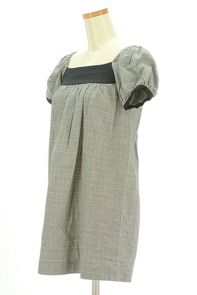 MOROKO BAR(モロコバー)の古着「パフ袖チェックチュニック(カットソー・プルオーバー)」大画像3へ