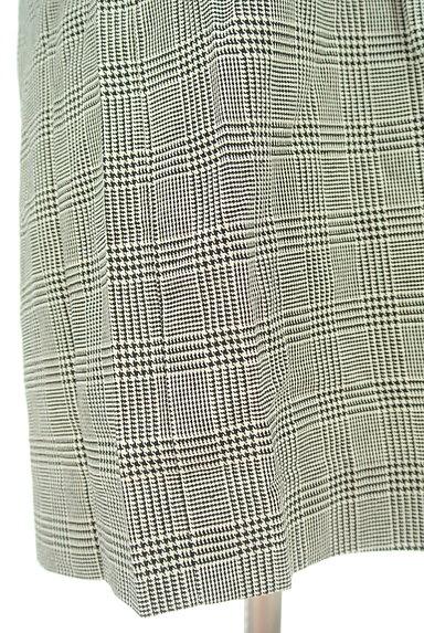 MOROKO BAR(モロコバー)の古着「パフ袖チェックチュニック(カットソー・プルオーバー)」大画像5へ