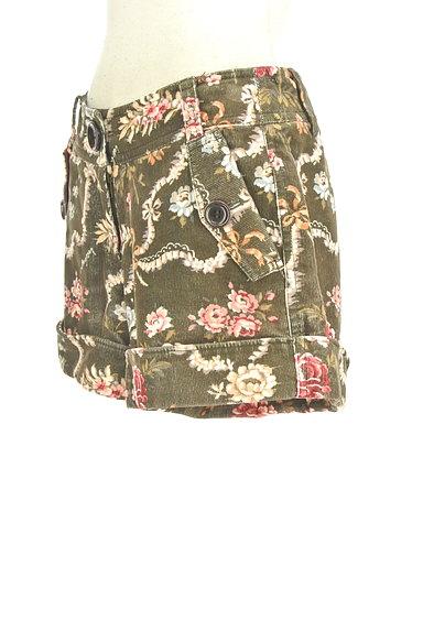 Lois CRAYON(ロイスクレヨン)の古着「コーデュロイ花柄ショートパンツ(ショートパンツ・ハーフパンツ)」大画像3へ