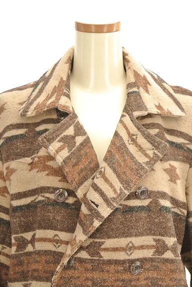 URBAN RESEARCH(アーバンリサーチ)の古着「オルテガ柄襟付きミドルコート(コート)」大画像4へ