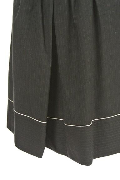JILL by JILLSTUART(ジルバイジルスチュアート)の古着「ラメラインフレアスカート(ミニスカート)」大画像4へ