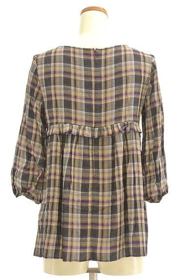 PROPORTION BODY DRESSING(プロポーションボディ ドレッシング)の古着「チェック柄7分袖ペプラムカットソー(カットソー・プルオーバー)」大画像2へ