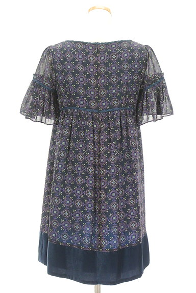 Lois CRAYON(ロイスクレヨン)の古着「フリルシフォンワンピース(ワンピース・チュニック)」大画像2へ