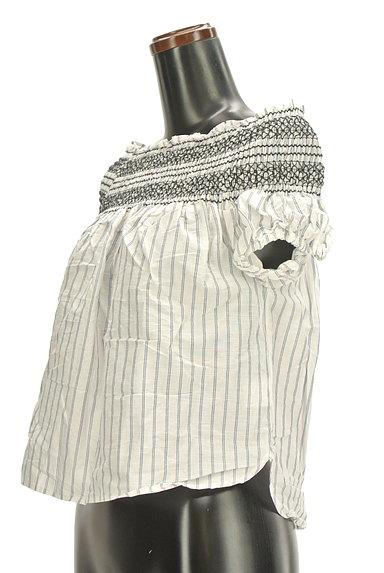 deicy(デイシー)の古着「オフショルダーストライプ柄ブラウス(カットソー・プルオーバー)」大画像3へ
