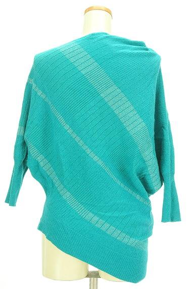 INDIVI(インディヴィ)の古着「アシンメトリー七分袖ニット(ニット)」大画像2へ