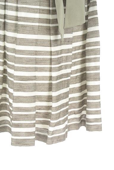 NATURAL BEAUTY(ナチュラルビューティ)の古着「ウエストリボンボーダーフレアスカート(スカート)」大画像5へ
