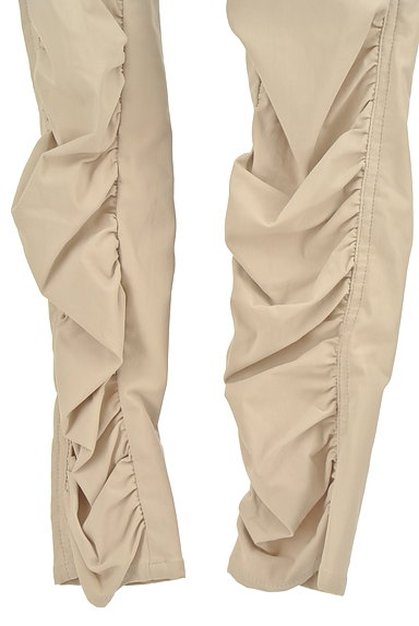 BEATRICE(ベアトリス)の古着「裾ギャザーカラースキニーパンツ(パンツ)」大画像5へ