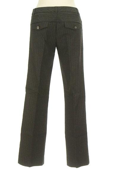 TOMORROWLAND(トゥモローランド)の古着「ピンストライプ柄美脚パンツ(パンツ)」大画像2へ