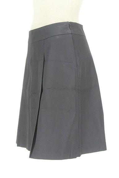 M-premier(エムプルミエ)の古着「微光沢タックフレアスカート(ミニスカート)」大画像3へ