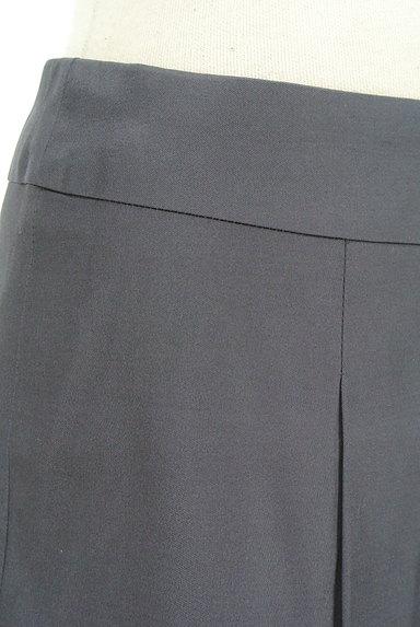 M-premier(エムプルミエ)の古着「微光沢タックフレアスカート(ミニスカート)」大画像4へ