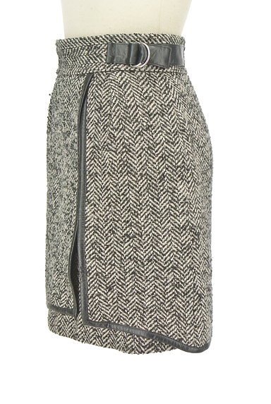 JILLSTUART(ジルスチュアート)の古着「ヘリンボーン柄スリットミニスカート(ミニスカート)」大画像3へ