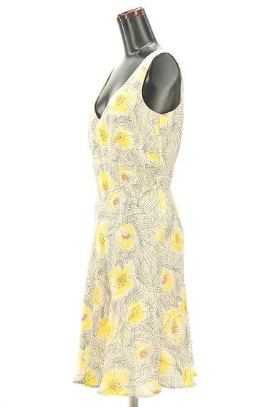 MAX&Co.(マックス&コー)の古着「花柄シルクワンピース(キャミワンピース)」大画像3へ