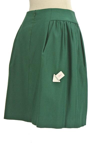 TOMORROWLAND(トゥモローランド)の古着「サイドタックセミフレアスカート(スカート)」大画像4へ
