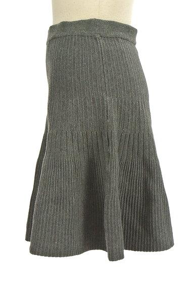 Feroux(フェルゥ)の古着「ニット編地サーキュラースカート(ミニスカート)」大画像3へ