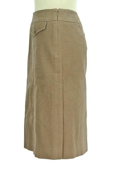 INDIVI(インディヴィ)の古着「裾タックセミフレアスカート(スカート)」大画像3へ