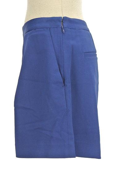 ROPE(ロペ)の古着「タックフレアショートパンツ(ショートパンツ・ハーフパンツ)」大画像3へ