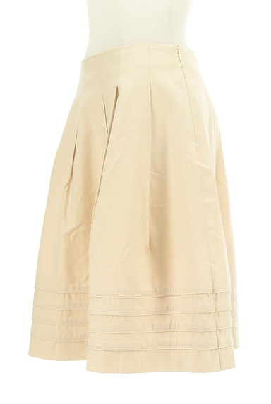 M-premier(エムプルミエ)の古着「タックフレア膝丈スカート(スカート)」大画像3へ
