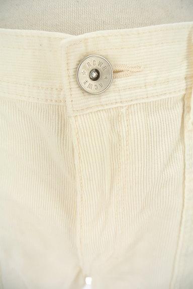 RODEO CROWNS(ロデオクラウン)の古着「ホワイトコーデュロイショーパン(ショートパンツ・ハーフパンツ)」大画像4へ