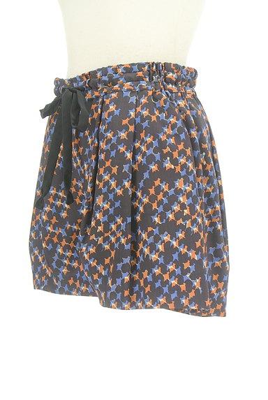 Dignite collier(ディニテ コリエ)の古着「総柄フレアショートパンツ(ショートパンツ・ハーフパンツ)」大画像3へ