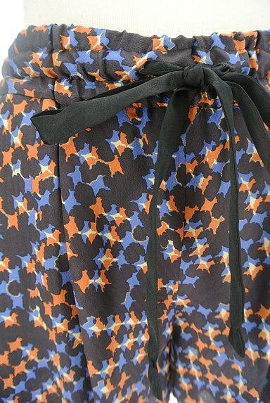 Dignite collier(ディニテ コリエ)の古着「総柄フレアショートパンツ(ショートパンツ・ハーフパンツ)」大画像4へ