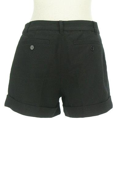 BLACK BY MOUSSY(ブラックバイマウジー)の古着「シンプルロールアップショートパンツ(ショートパンツ・ハーフパンツ)」大画像2へ