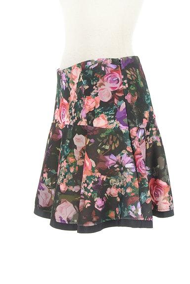 PATRIZIA PEPE(パトリッツィアペペ)の古着「花柄フレアミニスカート(ミニスカート)」大画像3へ