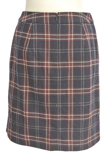 MISCH MASCH(ミッシュマッシュ)の古着「チェック柄ウールセミタイトスカート(スカート)」大画像2へ