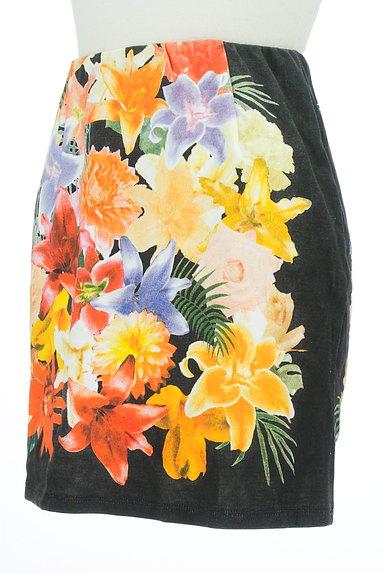 rienda(リエンダ)の古着「カラー花柄タイトミニスカート(ミニスカート)」大画像3へ