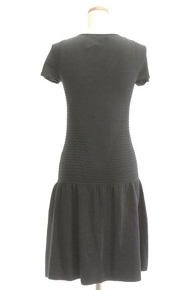 PATRIZIA PEPE(パトリッツィアペペ)の古着「裾切替フリルニットワンピース(ワンピース・チュニック)」大画像2へ