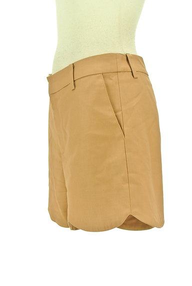 ROSSO(ロッソ)の古着「スカラップ裾ショートパンツ(ショートパンツ・ハーフパンツ)」大画像3へ