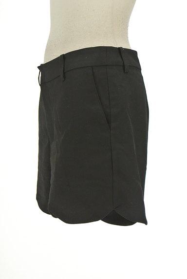 ROSSO(ロッソ)の古着「スカラップショートパンツ(ショートパンツ・ハーフパンツ)」大画像3へ