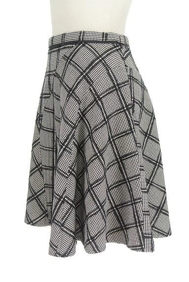 JUSGLITTY(ジャスグリッティー)の古着「ランダムチェック柄フレアスカート(スカート)」大画像3へ