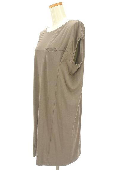 LAPIS LUCE(ラピスルーチェ)の古着「シンプル膝下丈カットソーワンピ(ワンピース・チュニック)」大画像3へ