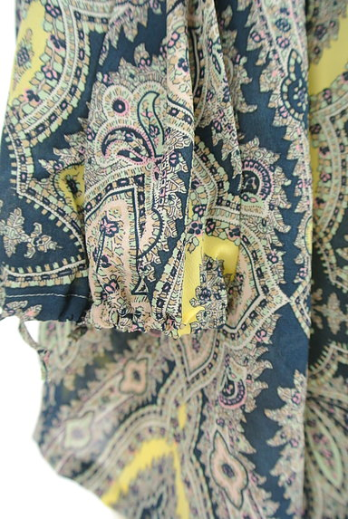 Aquascutum(アクアスキュータム)の古着「ペイズリー柄七分袖ブラウス(カットソー・プルオーバー)」大画像5へ