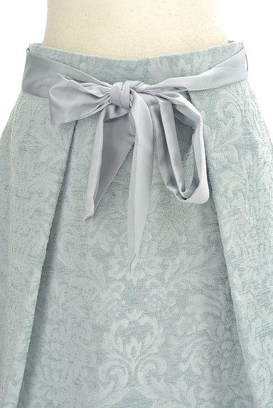 NATURAL BEAUTY(ナチュラルビューティ)の古着「ジャガード花柄膝丈フレアースカート(スカート)」大画像4へ