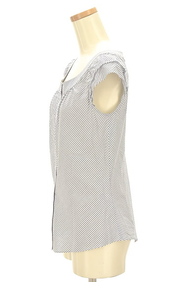 NATURAL BEAUTY(ナチュラルビューティ)の古着「フリル袖コットンブラウス(カットソー・プルオーバー)」大画像3へ