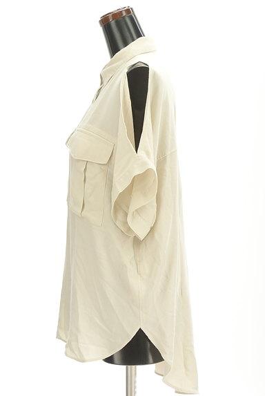 MOUSSY(マウジー)の古着「オープンショルダーワイドシャツ(カジュアルシャツ)」大画像3へ