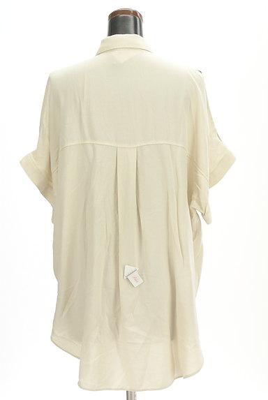 MOUSSY(マウジー)の古着「オープンショルダーワイドシャツ(カジュアルシャツ)」大画像4へ